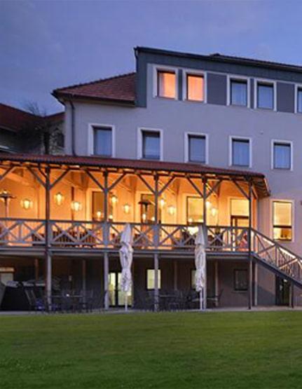 hotely-min